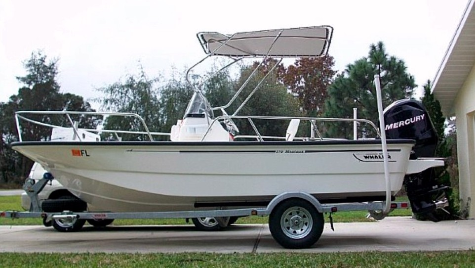 Montauk-T-Topless™ Mounted to Rails on 2009 Boston Whaler® Montauk™ 170 Picture