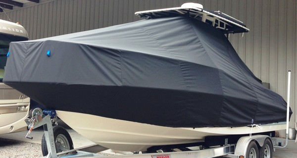 Boston Whaler Dauntless 240, 20xx, TTopCovers™ T-Top boat cover, port front