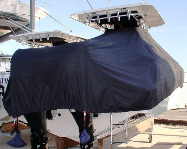Boston Whaler Outrage 320 Center Console, 20xx, TTopCovers™ T-Top boat cover rear