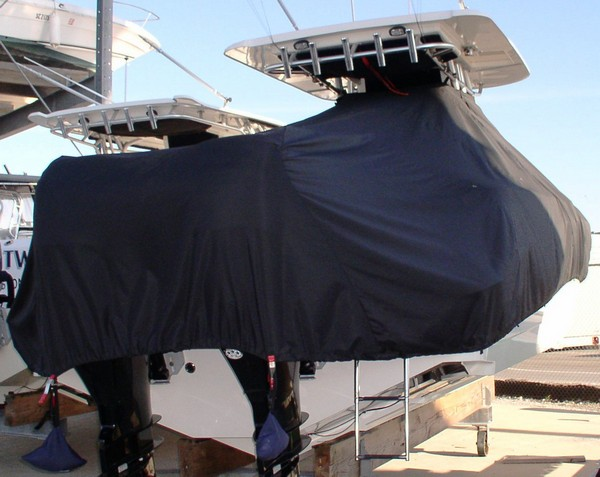 Boston Whaler Outrage 320, 20xx, TTopCovers™ T-Top boat cover rear