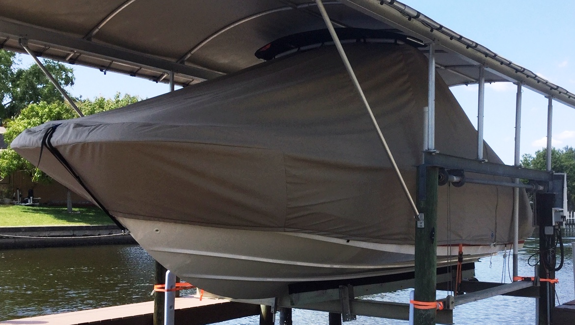 Boston Whaler Vantage 230 Tower, 20xx, TTopCovers™ T-Top boat cover On Lift, port front