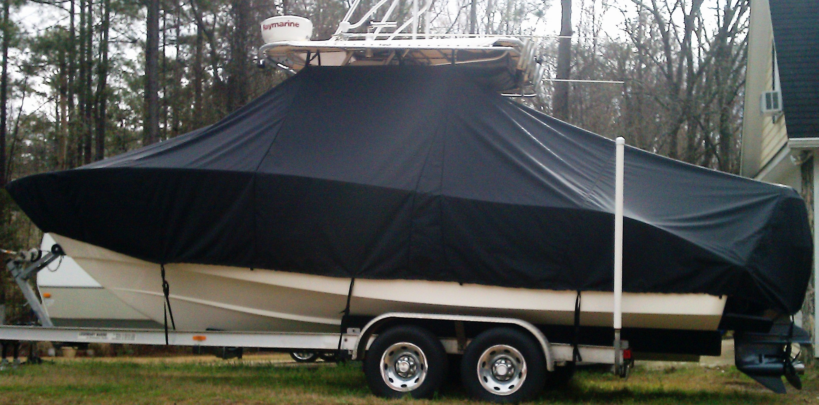 Cape Horn 24CC Offshore, 20xx, TTopCovers™ T-Top boat cover side
