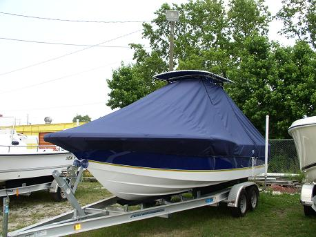 Century 2301CC, 20xx, TTopCovers™ T-Top boat cover, port front