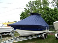 Photo of Century 2301CC 20xx T-Top Boat-Cover, viewed from Port Front