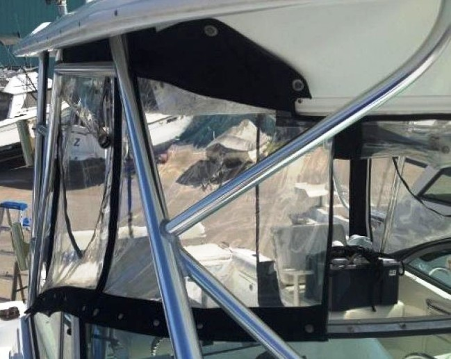 Century 3200WA-Standard-Windshield, 2006: Factory-OEM-Hard-Top,, Front-Connector Side-Curtains Aft-Drop-Curtain close-up, starboard-front