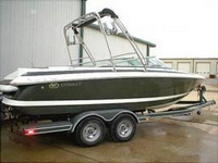 Photo of Cobalt 226, 2001: Factory OEM Wakeboard Tower (Factory OEM website photo), viewed from Starboard Rear