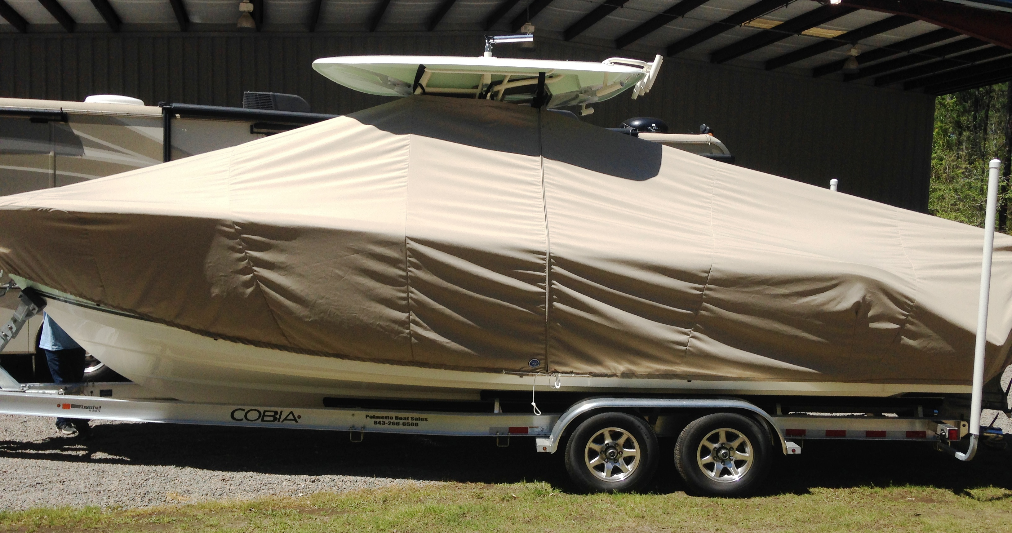 Cobia 280cc, 20xx, TTopCovers™ T-Top boat cover, port side