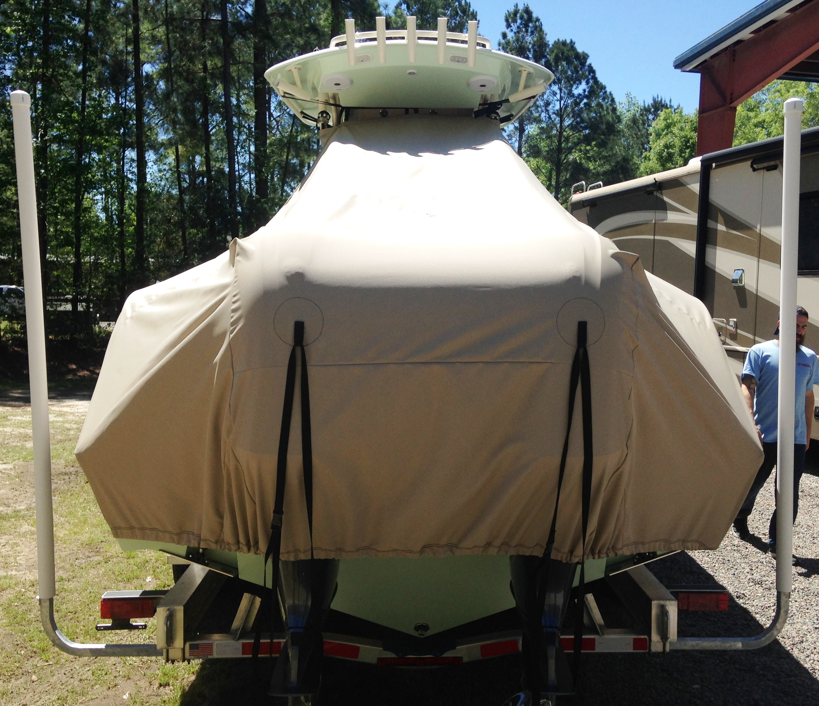 Cobia 280cc, 20xx, TTopCovers™ T-Top boat cover rear
