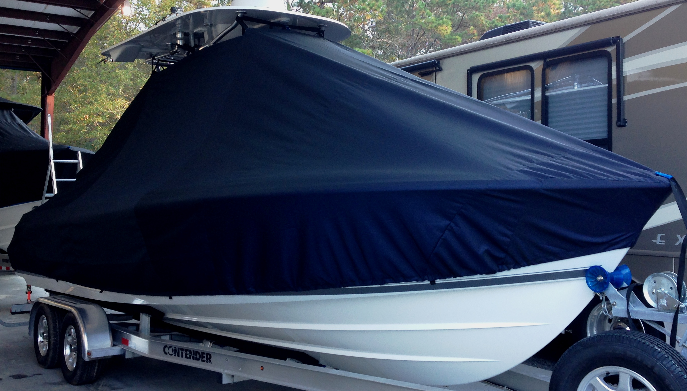 Contender 24 Sport, 19xx, TTopCovers™ T-Top boat cover, starboard front