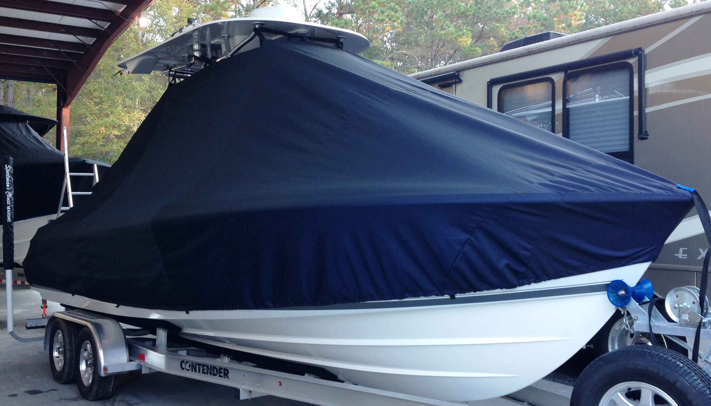 Contender 24 Sport, 20xx, TTopCovers™ T-Top boat cover, starboard front