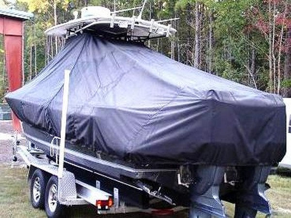 Contender 25 Sport, 19xx, TTopCovers™ T-Top boat cover rear