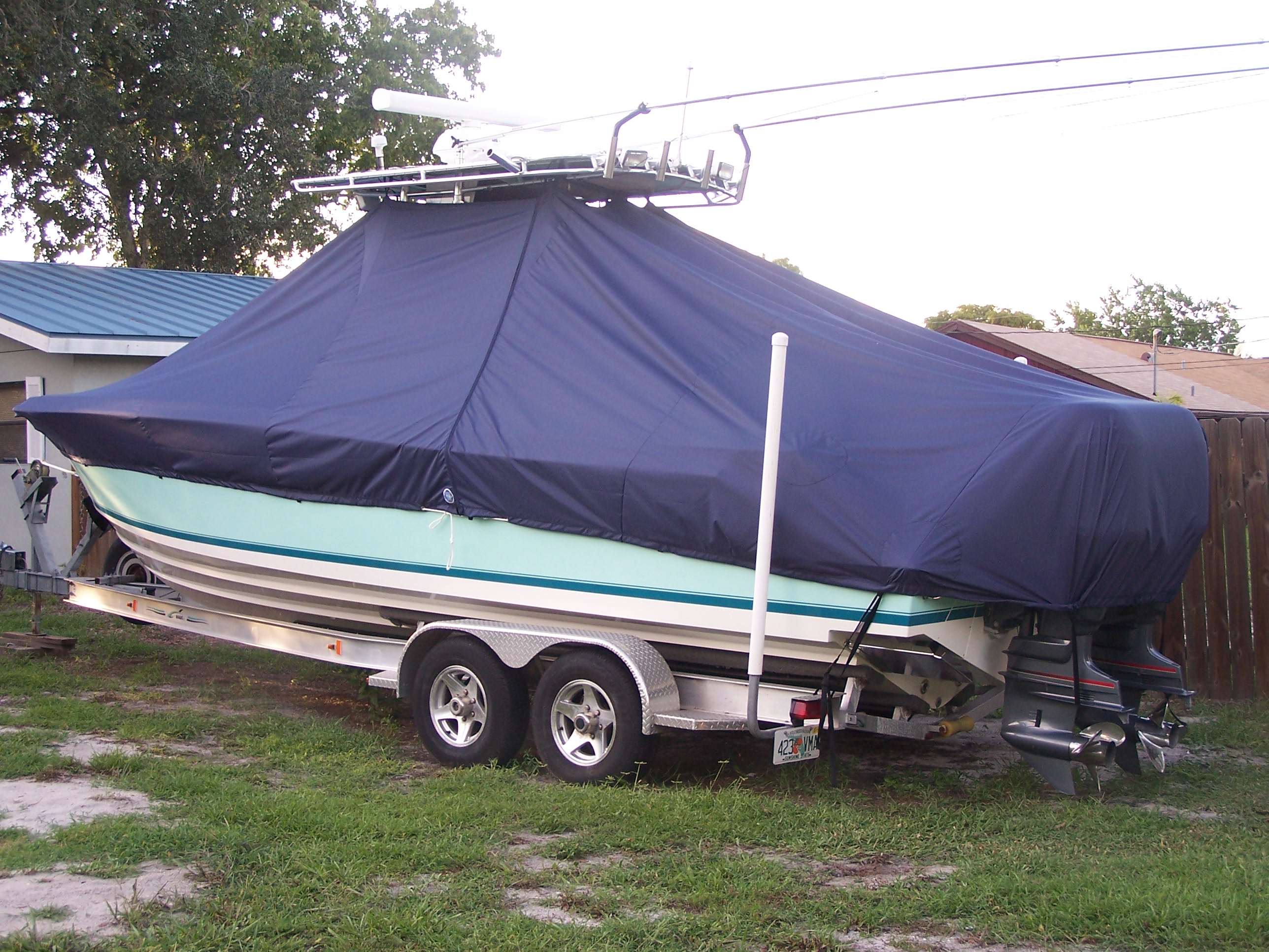 Contender 28S Sport, 20xx, TTopCovers™ T-Top boat cover, port rear