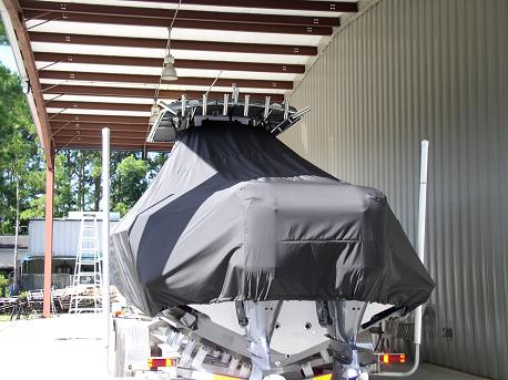 Contendor 32, TTopCovers™ T-Top boat cover 556 rear
