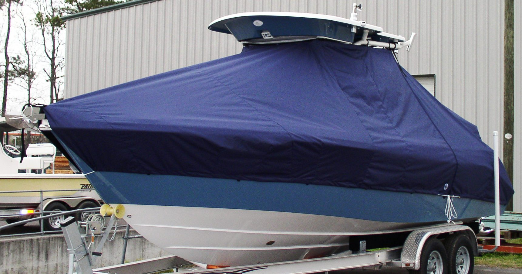 Everglades 240CC, 20xx, TTopCovers™ T-Top boat cover, port front