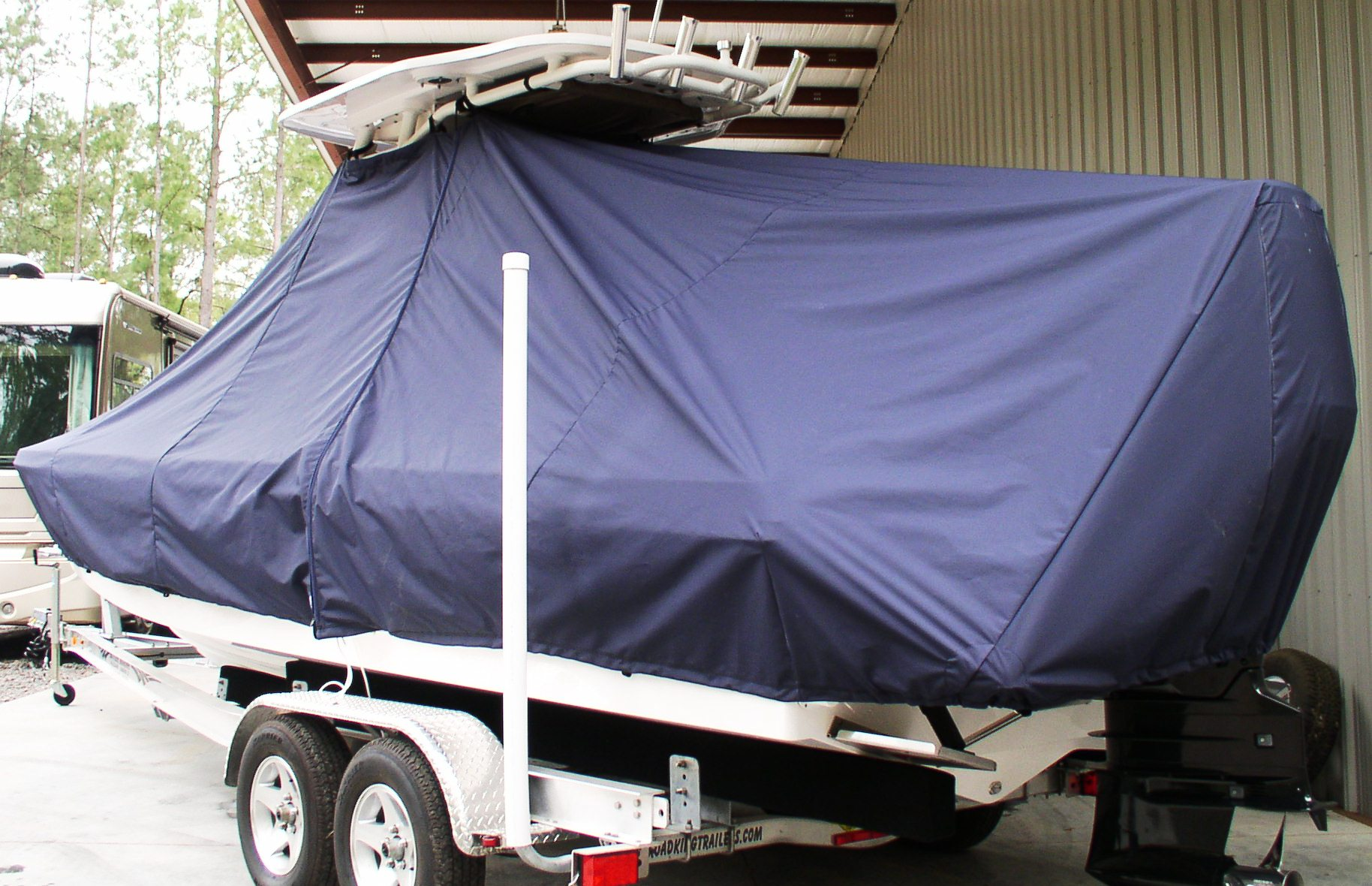 Everglades 243CC, 20xx, TTopCovers™ T-Top boat cover, port rear