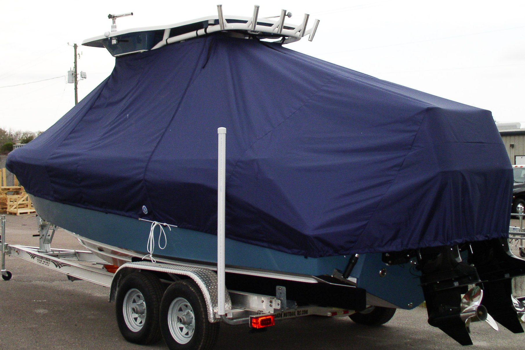 Everglades 250CC, 20xx, TTopCovers™ T-Top boat cover, port rear