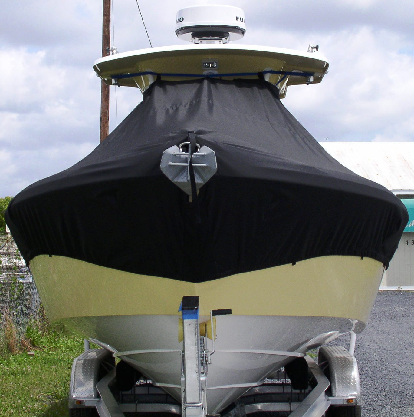 Everglades 260CC, 20xx, TTopCovers™ T-Top boat cover front