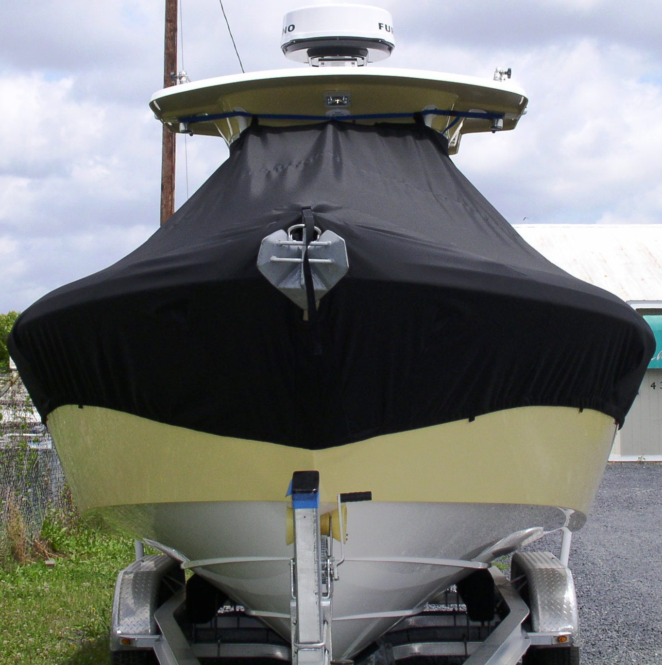 Everglades 270CC, 20xx, TTopCovers™ T-Top boat cover front