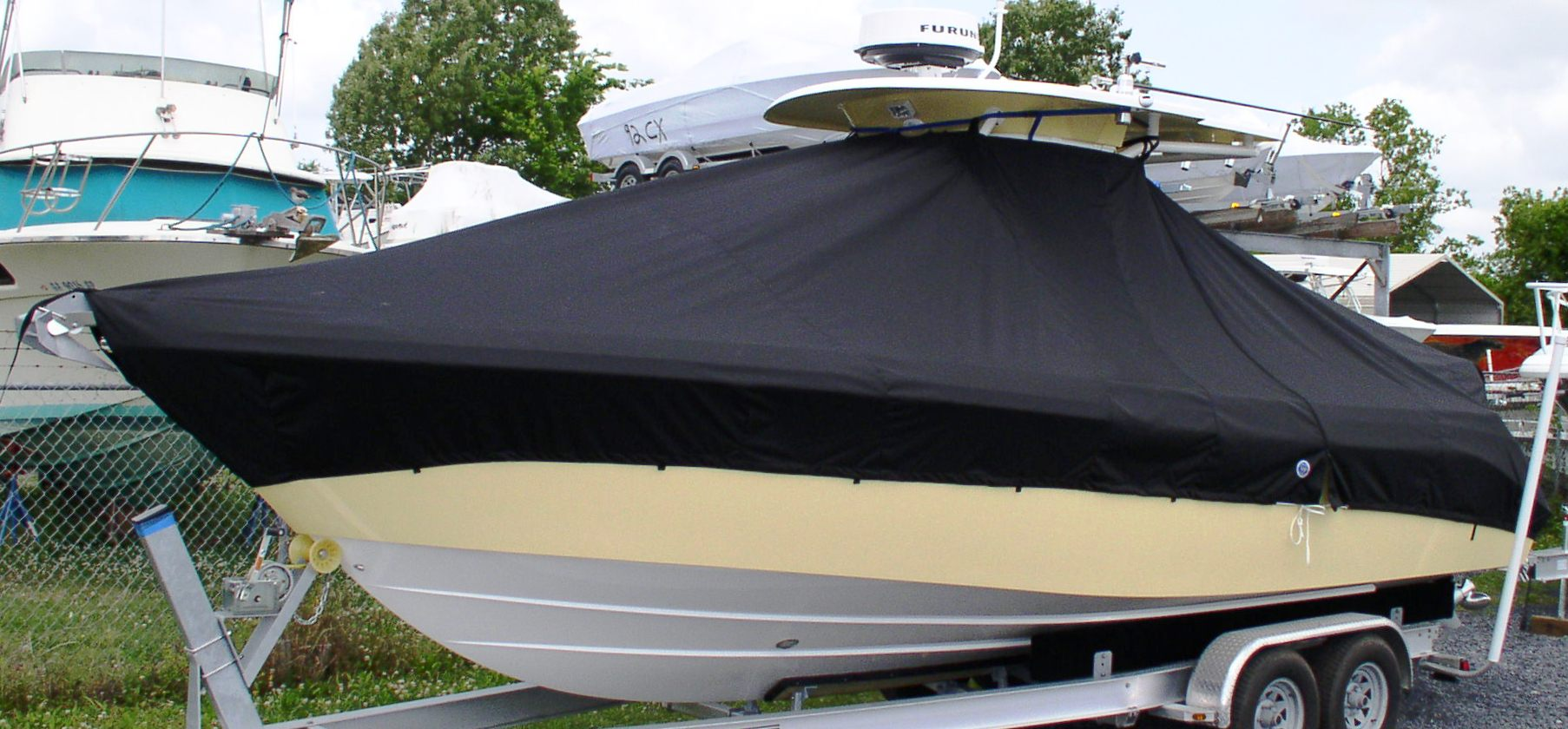 Everglades 270CC, 20xx, TTopCovers™ T-Top boat cover, port front   Copy