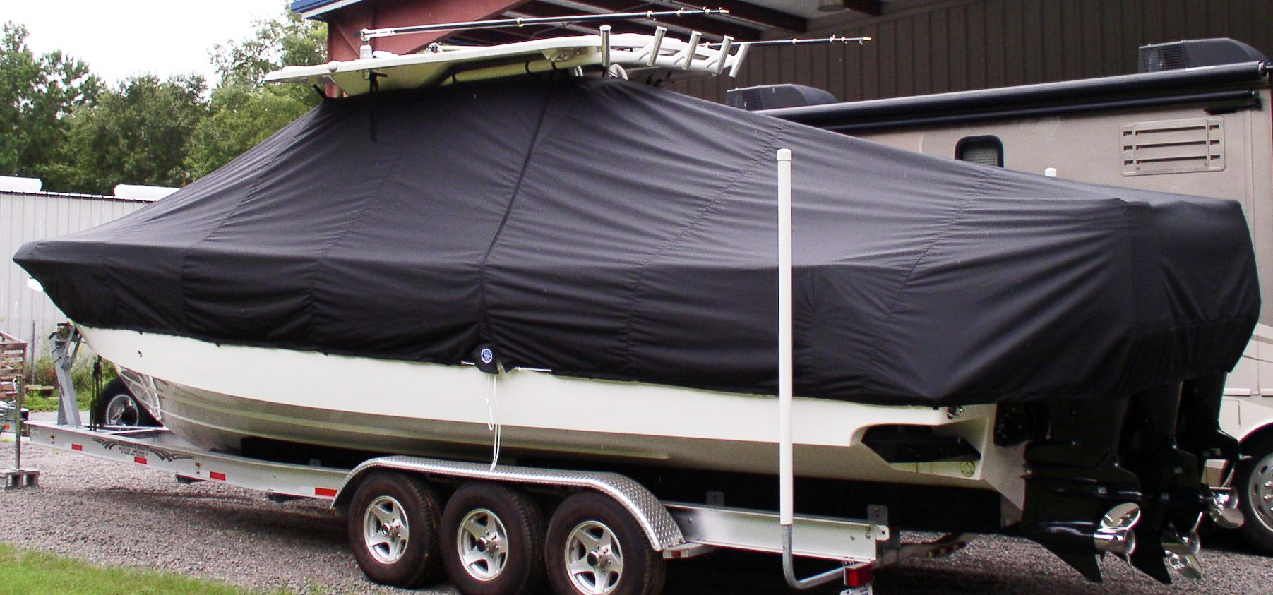 Everglades 350CC, 20xx, TTopCovers™ T-Top boat cover, port rear