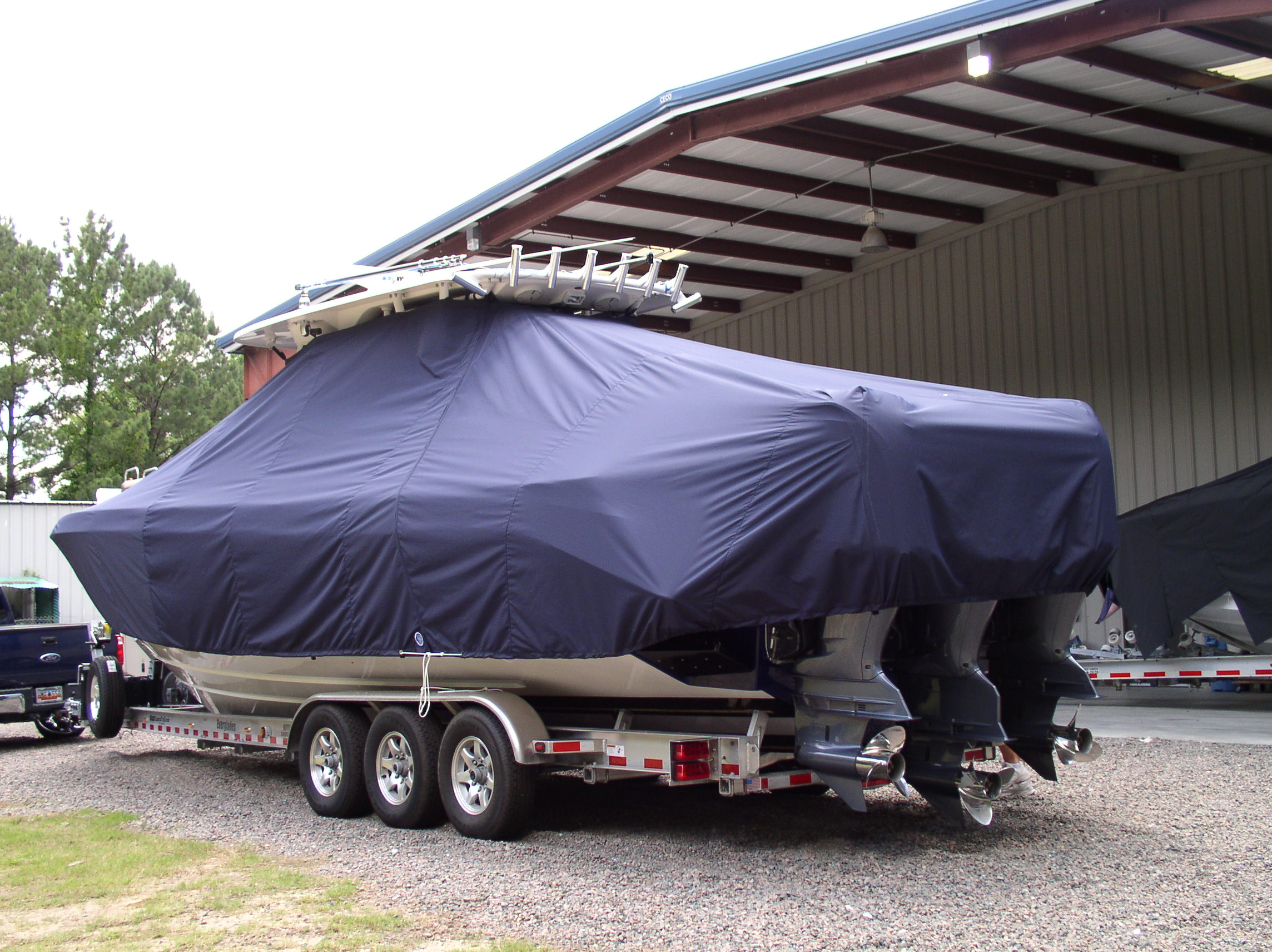 Everglades 355CC, 20xx, TTopCovers™ T-Top boat cover, port rear
