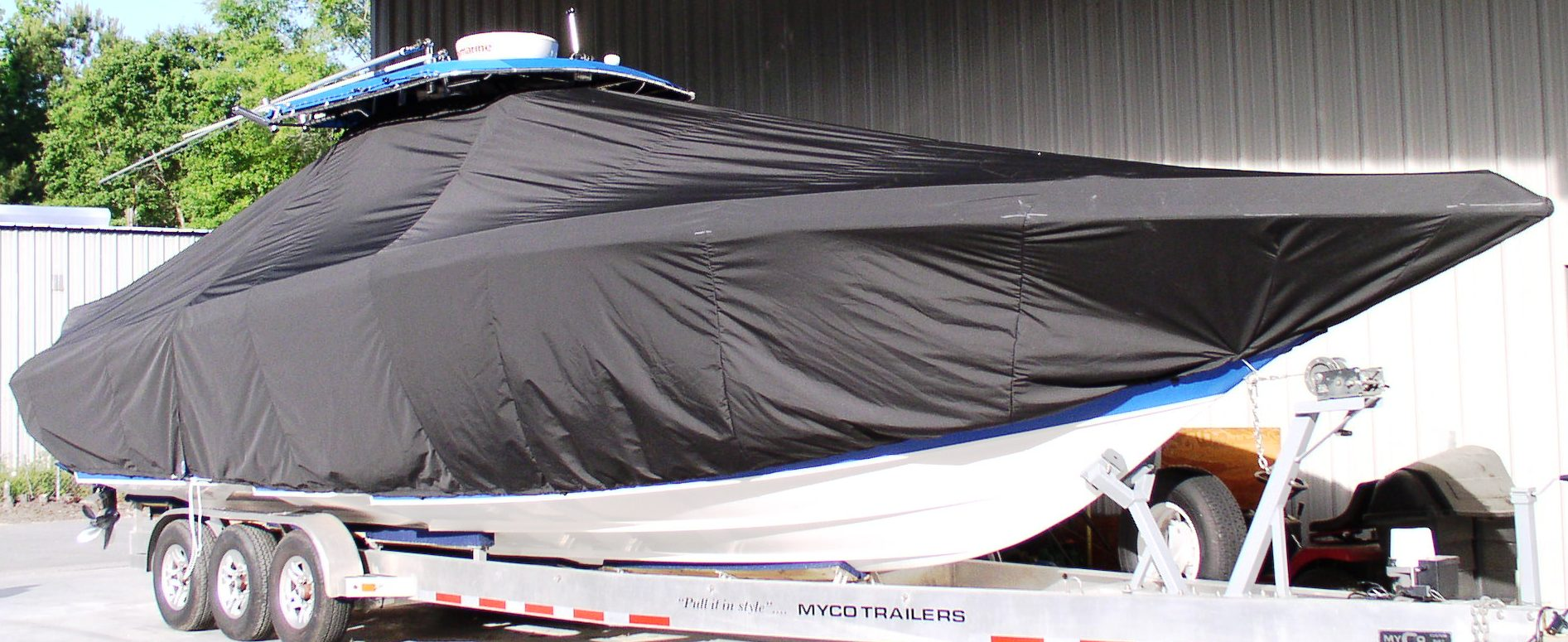 Fountain 38CC, 19xx, TTopCovers™ T-Top boat cover, starboard front
