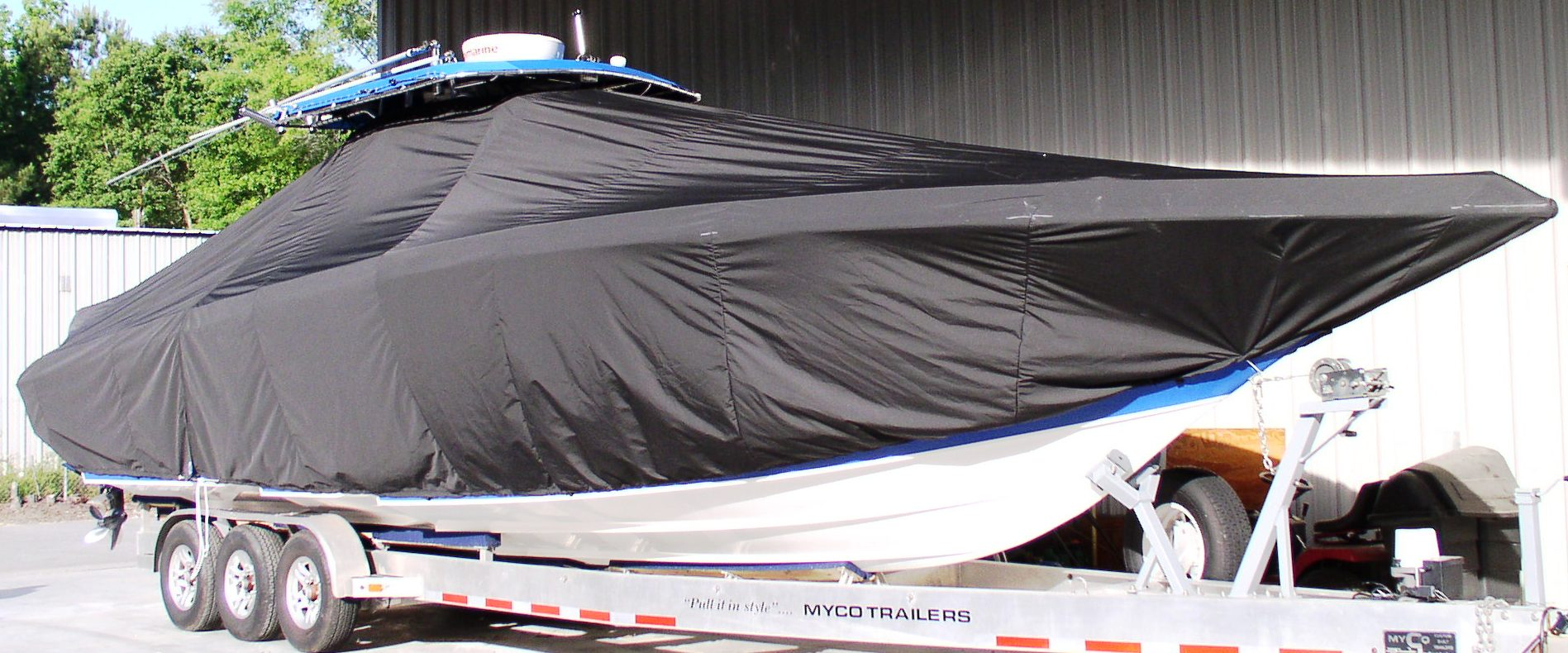 Fountain 38CC, 20xx, TTopCovers™ T-Top boat cover, starboard front