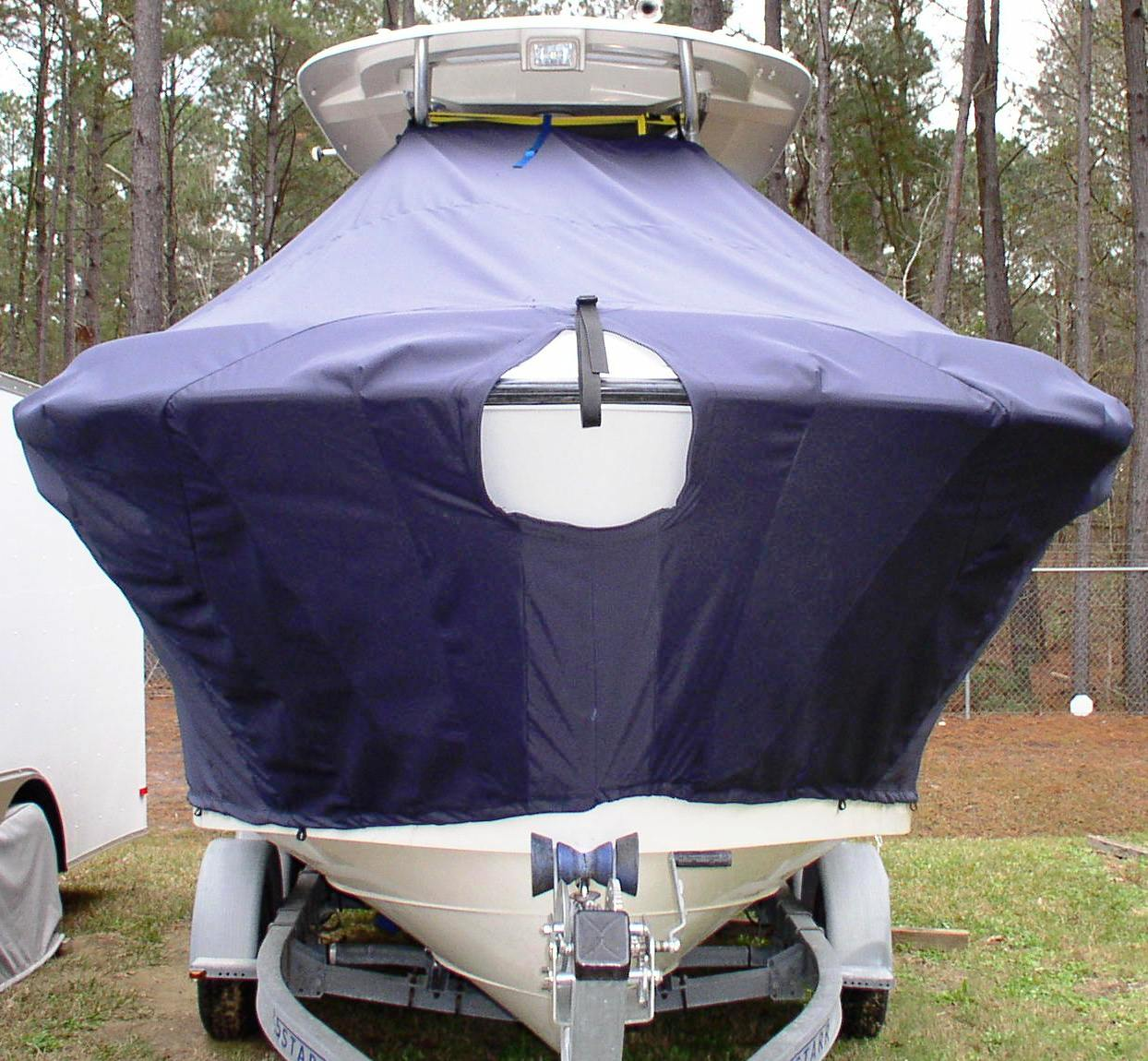 Hydrasports 2200CC, 19xx, TTopCovers™ T-Top boat cover front