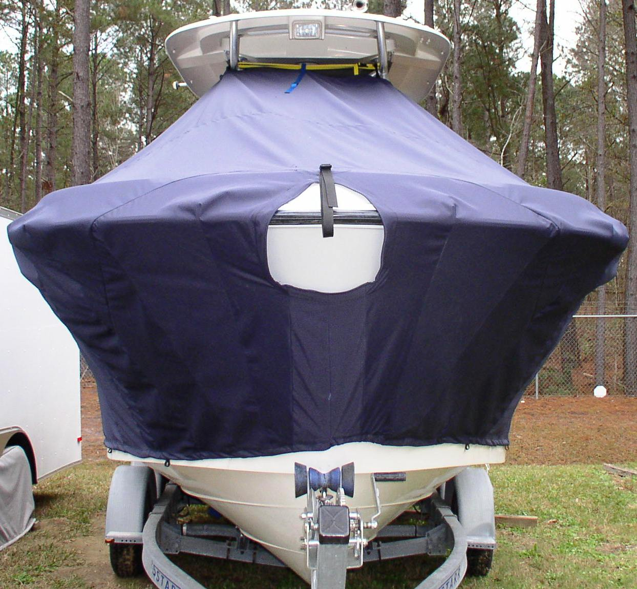 Hydrasports 2200VX, 20xx, TTopCovers™ T-Top boat cover front