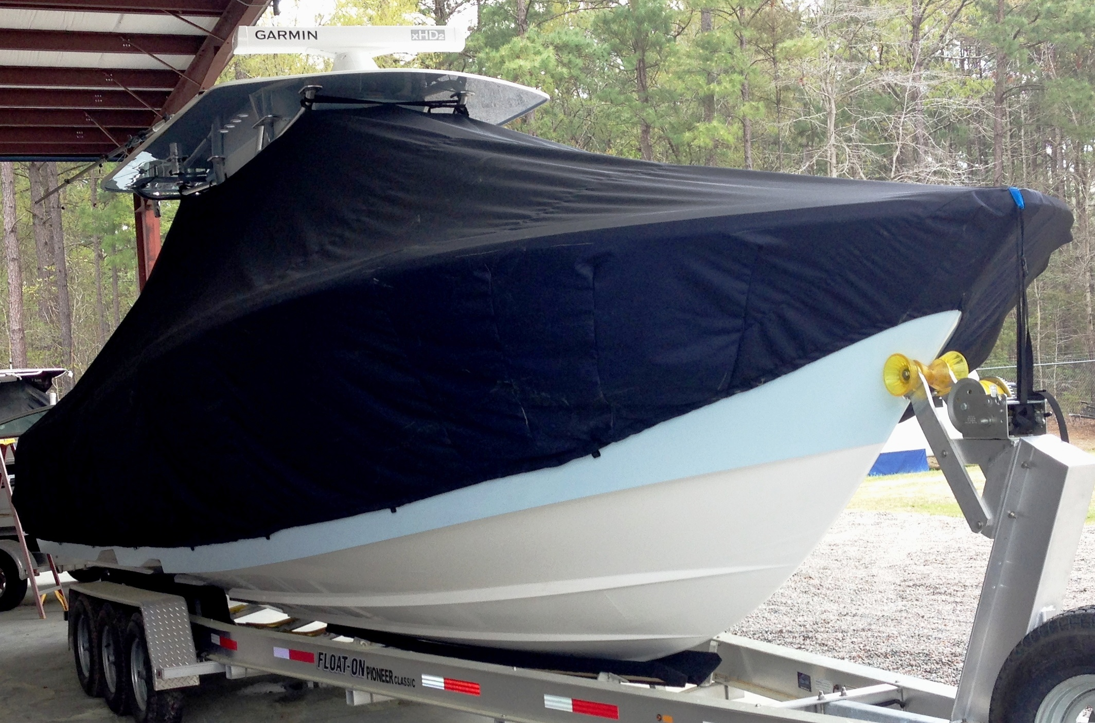 Invincible 33 Open Fisherman, 20xx, TTopCovers™ T-Top boat cover, starboard front