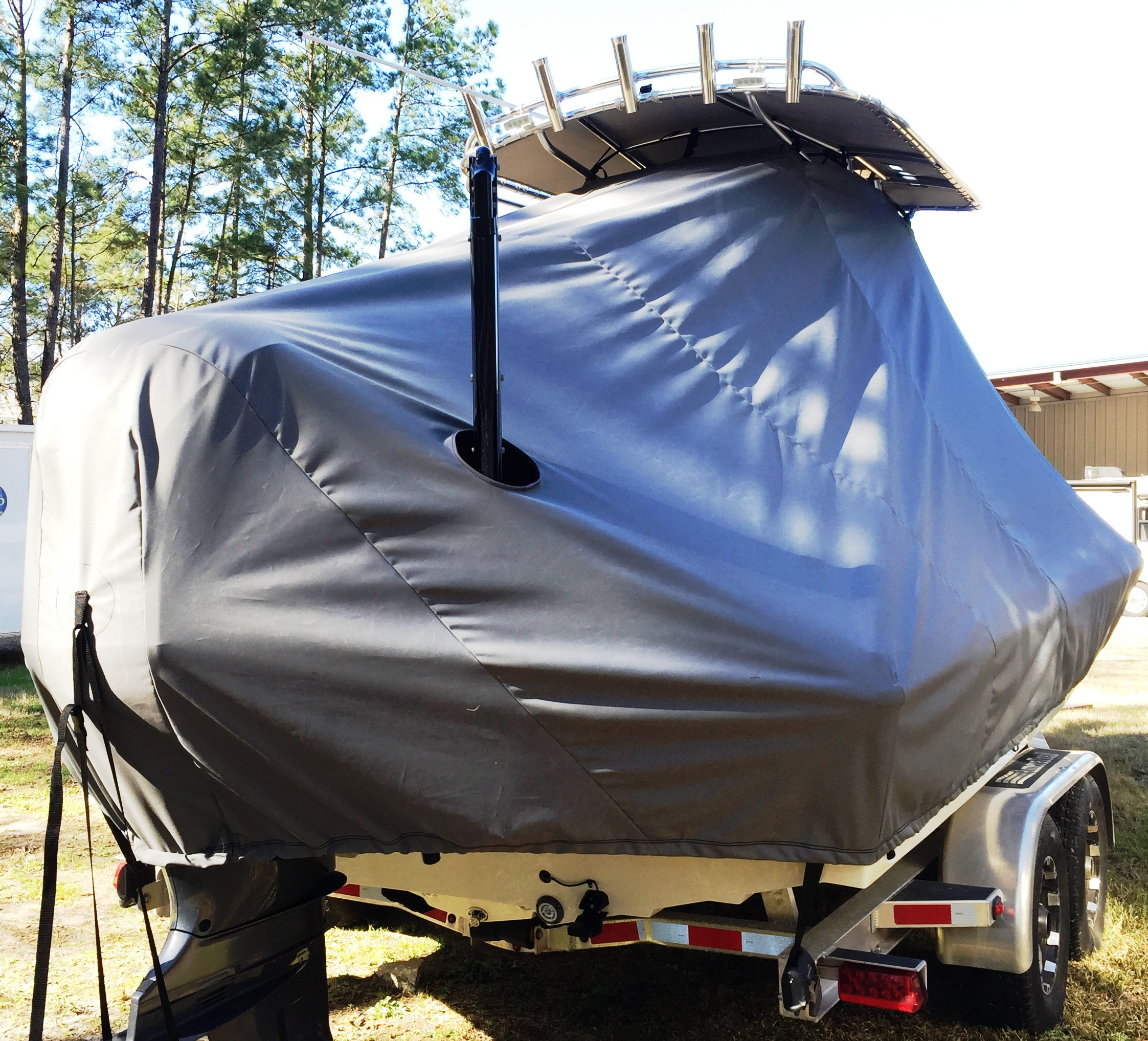 Islamoroda Morado 24, 20xx, TTopCovers™ T-Top boat cover Power Pole Through Cover, starboard rear