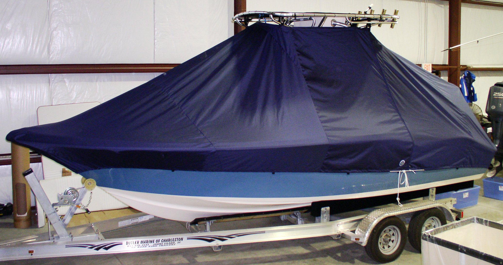Key West 211CC, 20xx, TTopCovers™ T-Top boat cover, starboard side