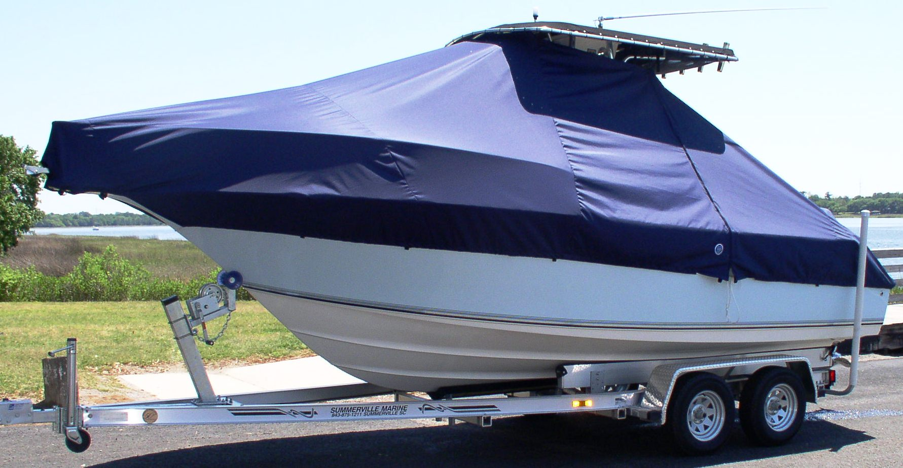 Key West 225CC, 20xx, TTopCovers™ T-Top boat cover, port front