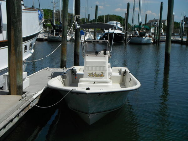 Shadow™ folding T-Top on 2010 MayCraft® 1800 Skiff, Front View