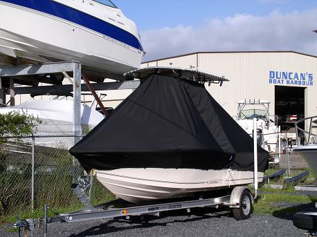 McKee 184CC, 20xx, TTopCovers™ T-Top boat cover Front 386