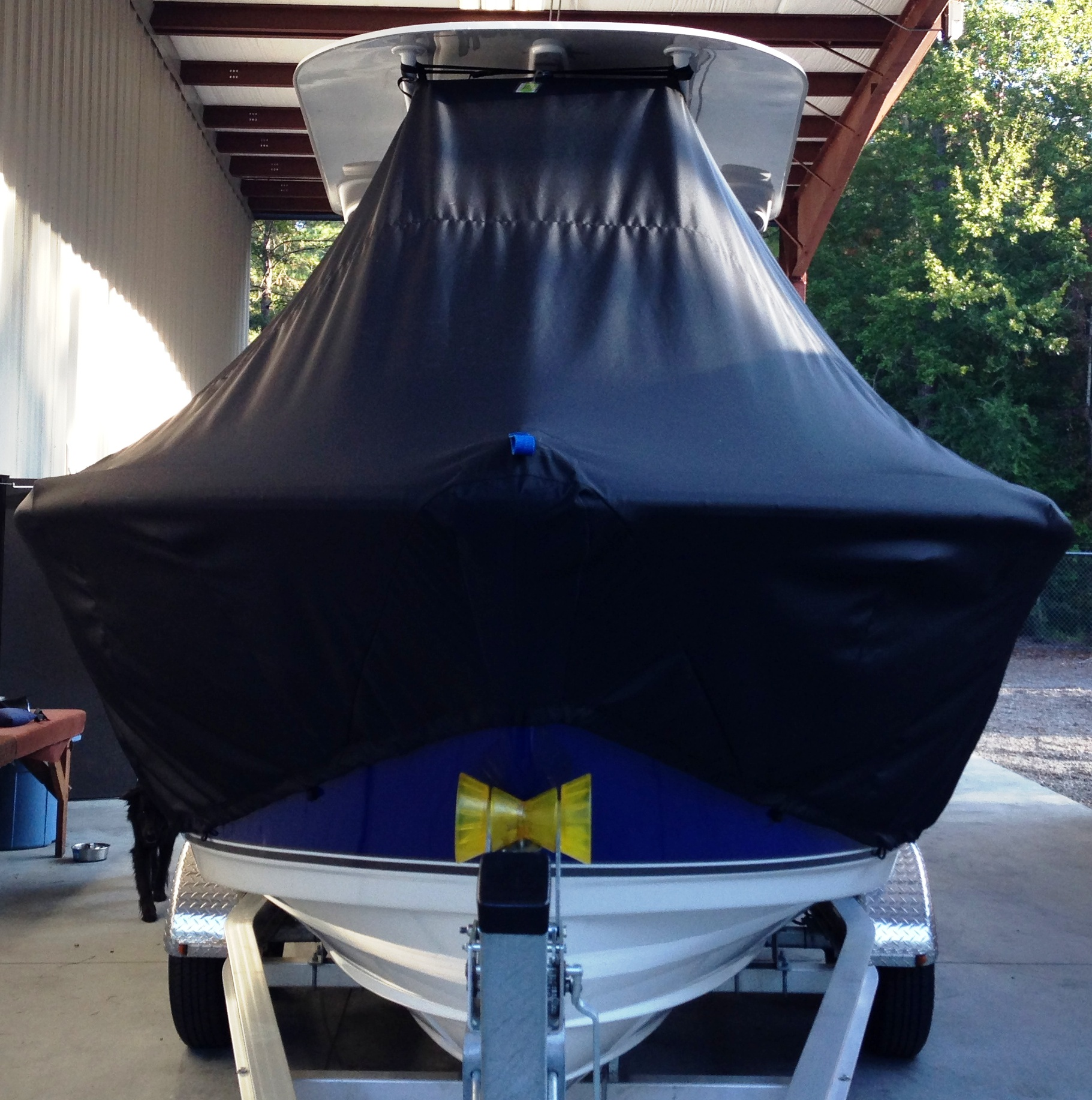 NauticStar 22XS Offshore, 20xx, TTopCovers™ T-Top boat cover front