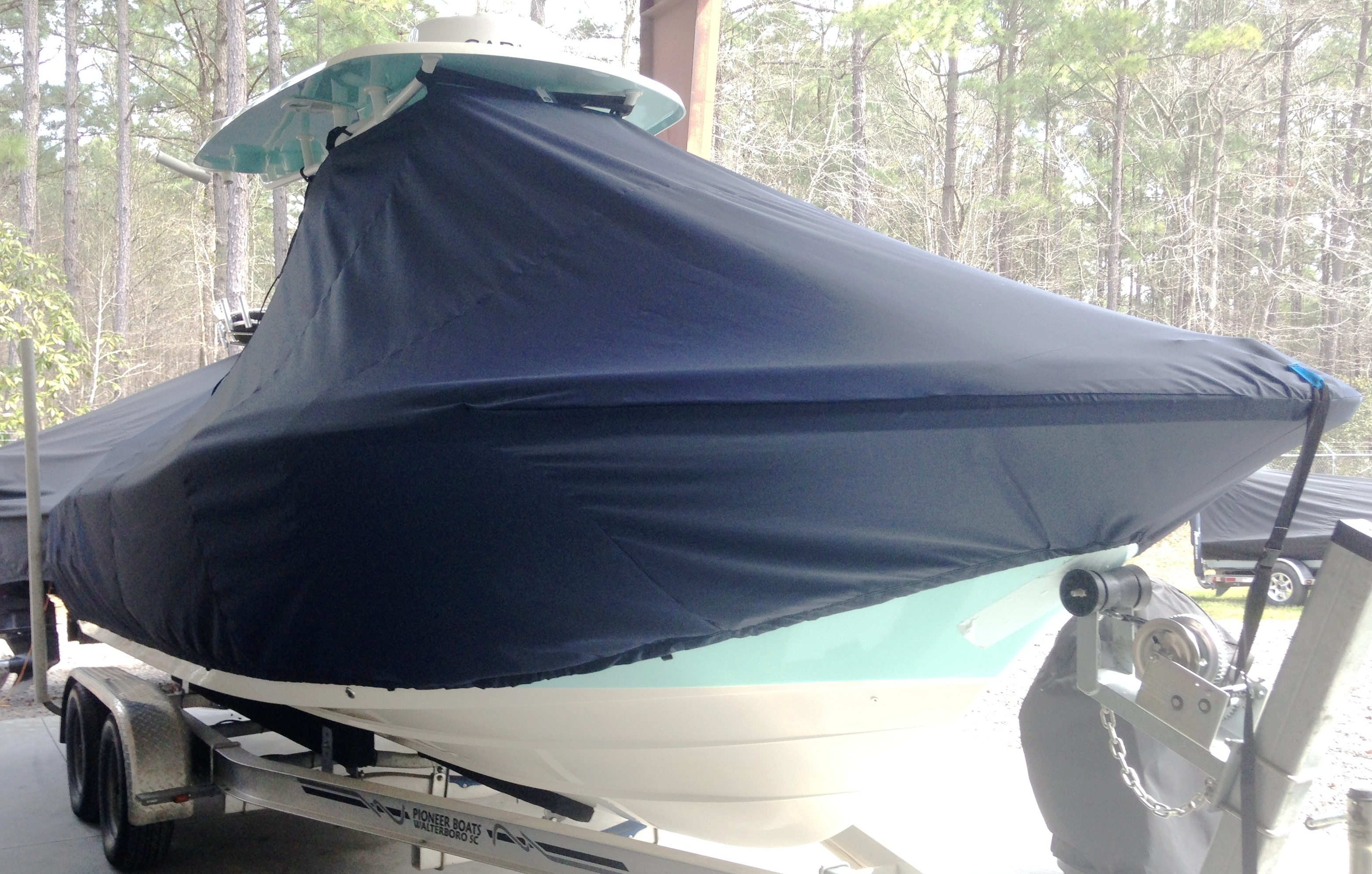 Pioneer 222 Sport Fish, 20xx, TTopCovers™ T-Top boat cover, starboard front