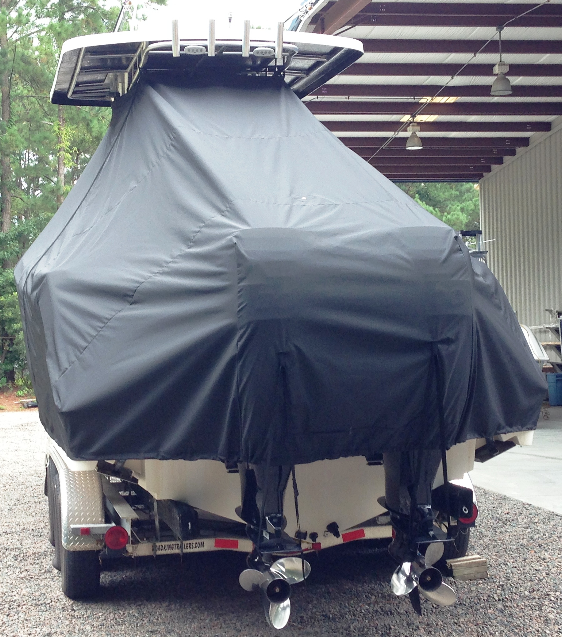 ProLine 29 Grand Sport, 20xx, TTopCovers™ T-Top boat cover rear