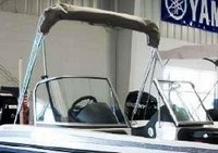 Photo of Ranger 1750 Reata, 2011: Bimini-Top in Boot, viewed from Starboard, Front