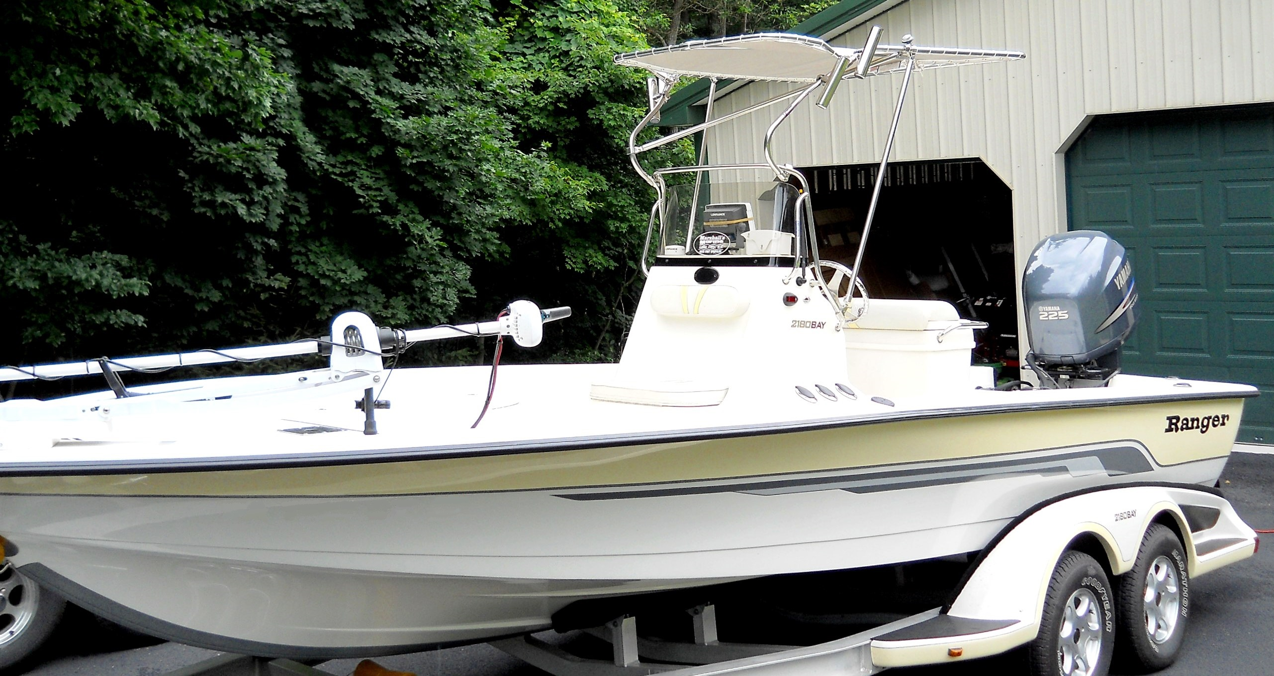 Ranger 2180 Bay Ranger, 2005, T-Topless™, port front