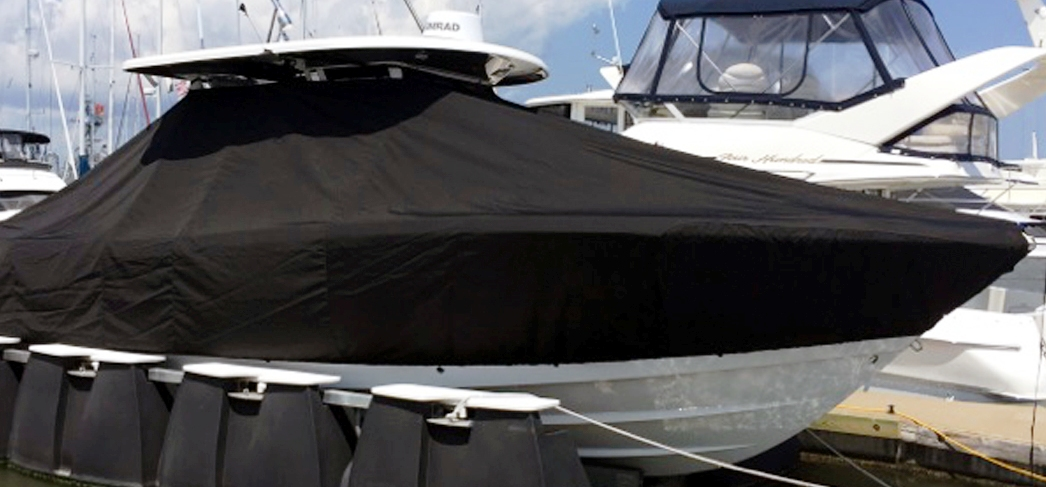 Robalo R302, 20xx, TTopCovers™ T-Top boat cover, starboard side