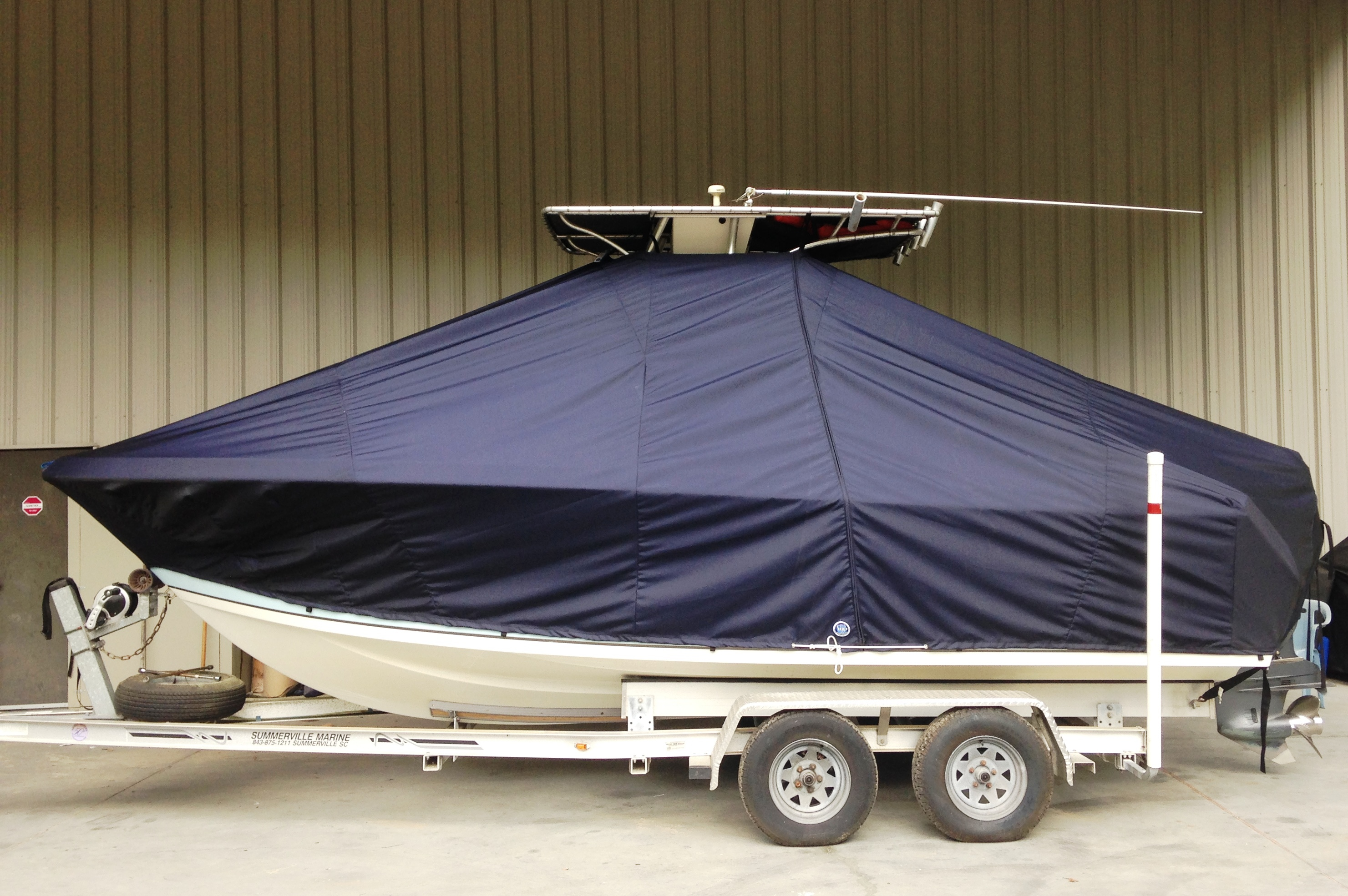 Sailfish 218CC, 20xx, TTopCovers™ T-Top boat cover, port side