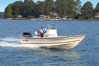 Photo of Sea Boss® 19 Bay, 2007: (Factory OEM website photo)