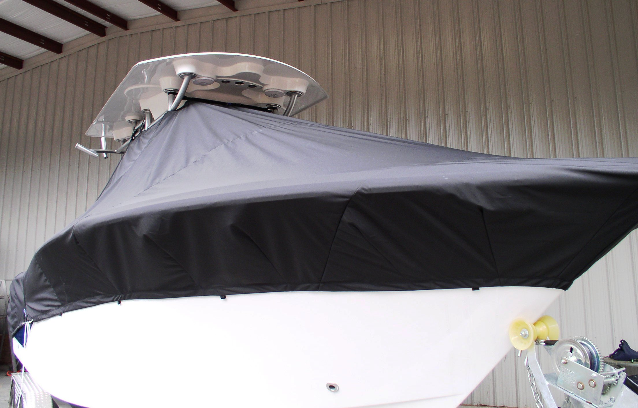 Sea Fox 256CC, 20xx, TTopCovers™ T-Top boat cover Black, starboard front