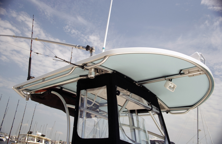 Hard Top Aft Drop Curtain Factory Oem From Rnr Marine Com