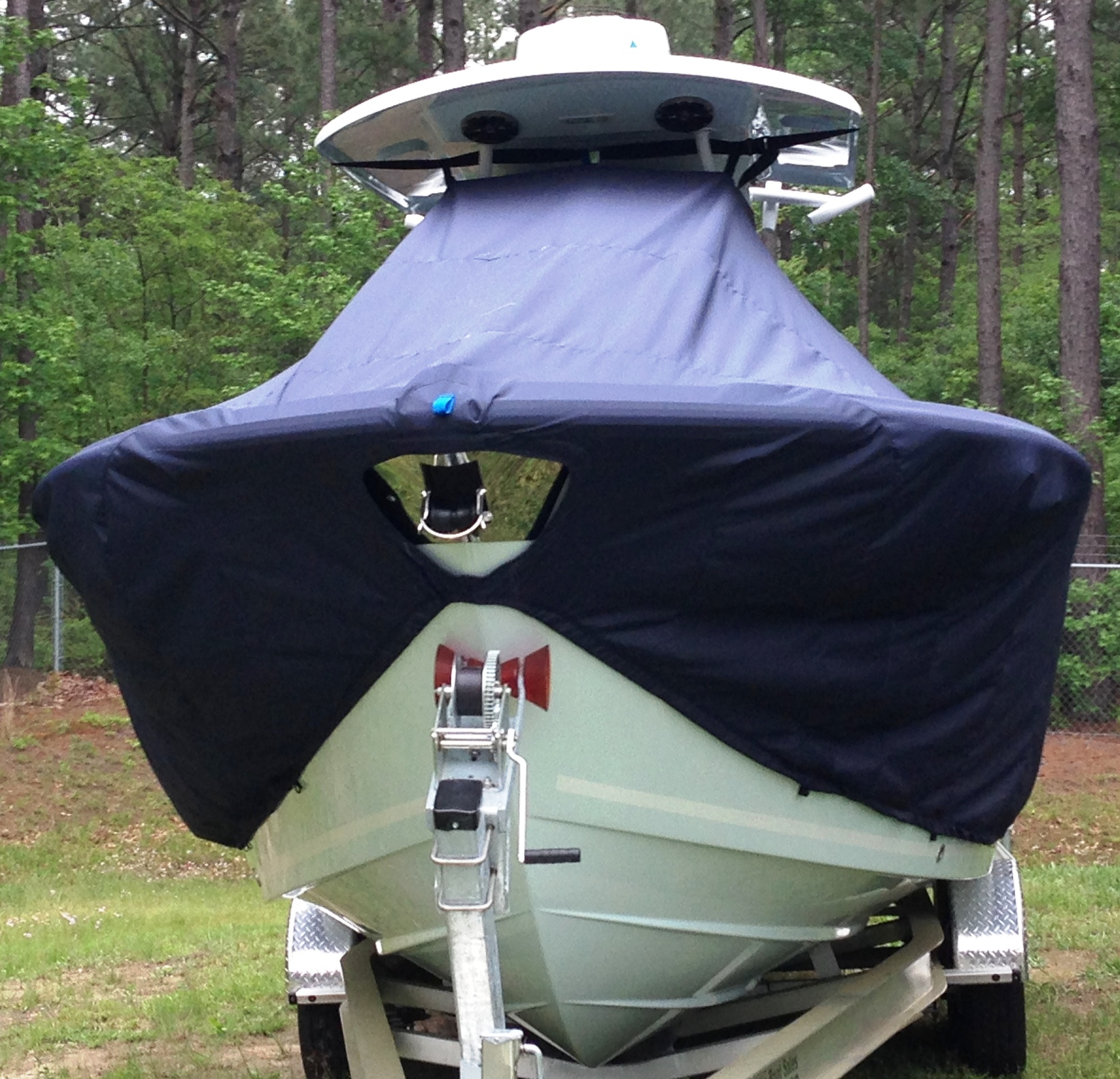 Sea Fox 266CC Commander, 20xx, TTopCovers™ T-Top boat cover front