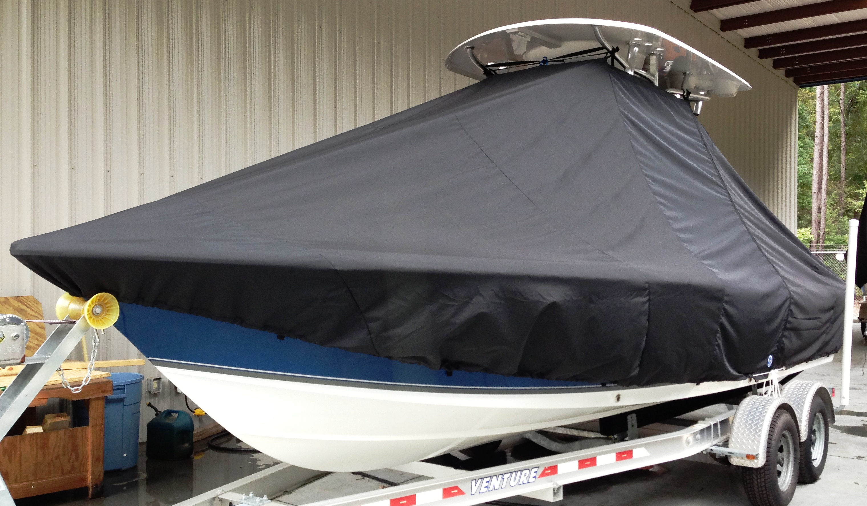 Sea Hunt BX22, 20xx, TTopCovers™ T-Top boat cover, port front