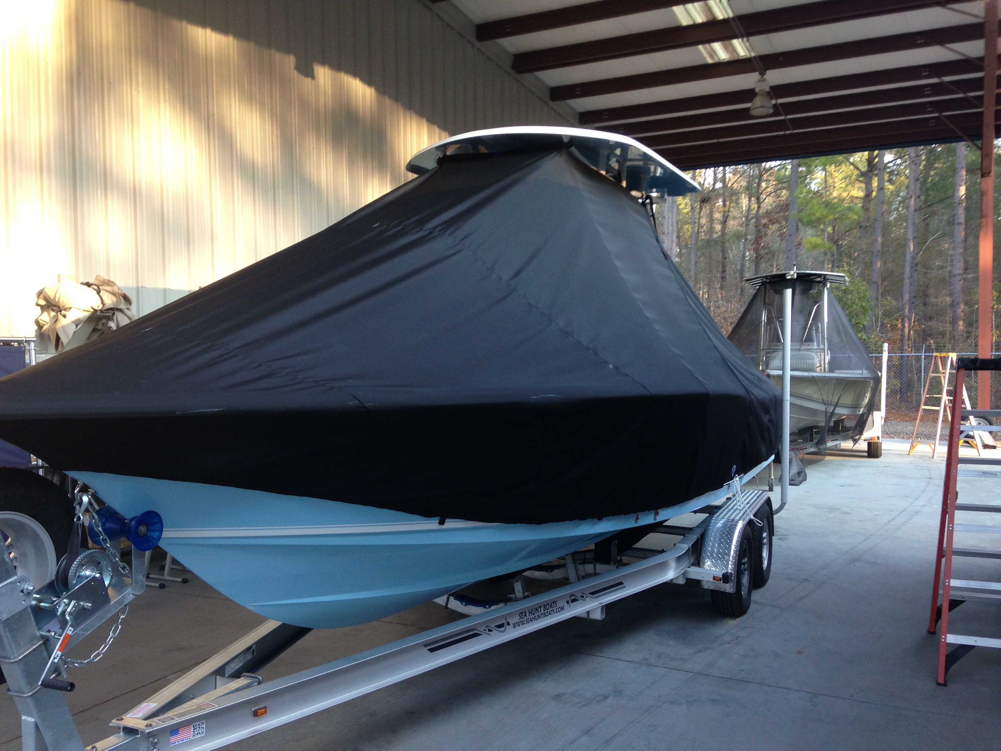 Sea Hunt BX24, 20xx, TTopCovers™ T-Top boat cover, port front