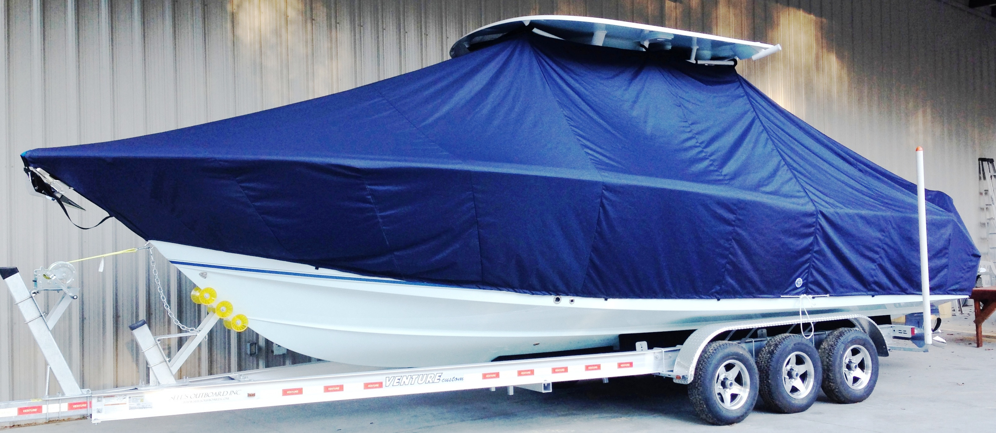 Sea Hunt Gamefish 30, 20xx, TTopCovers™ T-Top boat cover, port front