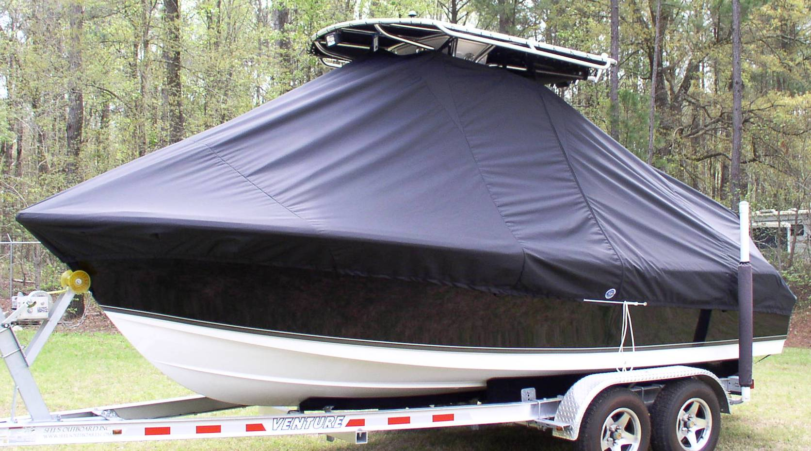 Sea Hunt Ultra 196, 20xx, TTopCovers™ T-Top boat cover, port front